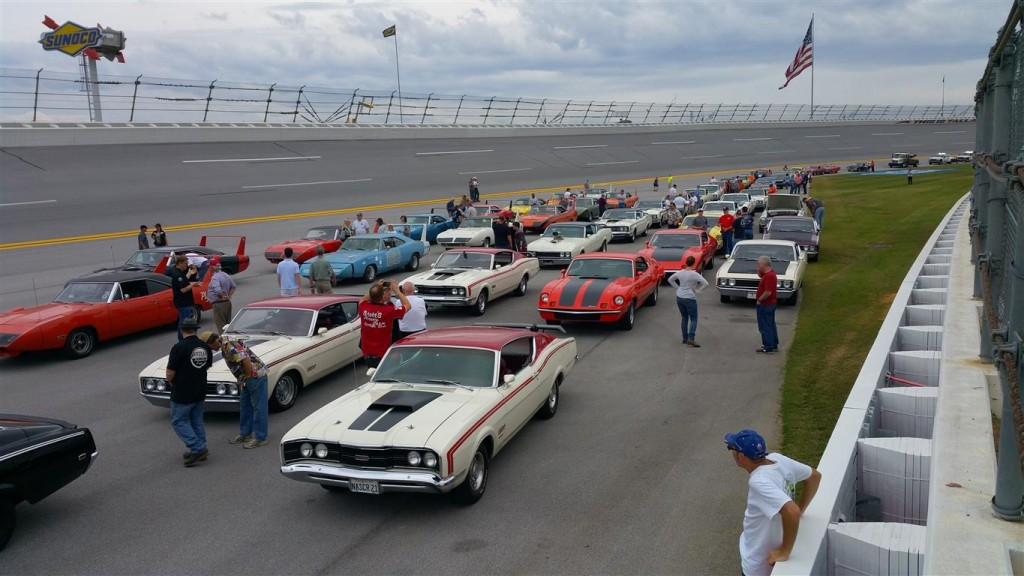 It is a real thrill to sit behind the wheel of your Aero Car on the front stretch of Talladega Superspeedway with a 100 other Aero Warriors!