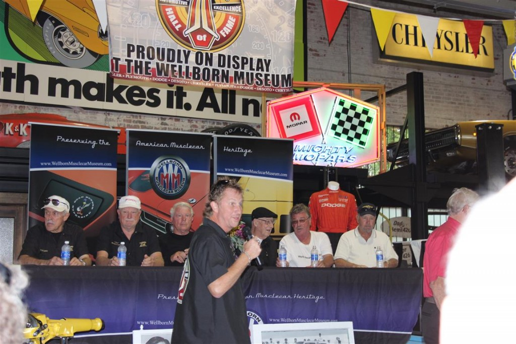 Ramcharger panel provided some personal insights into drag racing and Nascar racing of the late 60s and early 70s.
