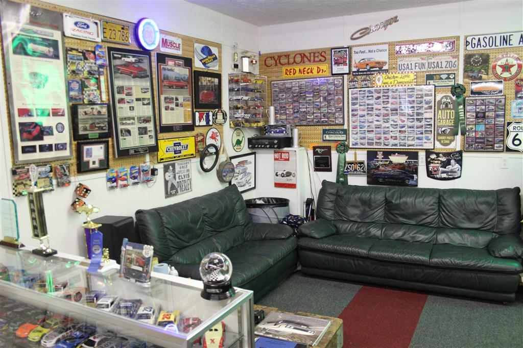 Man Cave Car Art : Aero warrior man cave talladega and spoiler registry