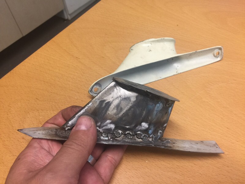 It is quite difficult to find Cyclone and Torino parts in Finland so i got to make passenger mirror by using someMustang parts and homemade foot to get passenger mirror completed.(Pics 4-5)