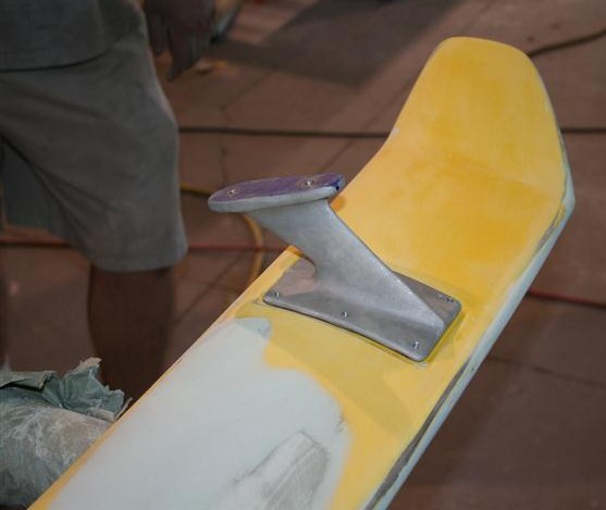 Reproduction spoiler in assembly